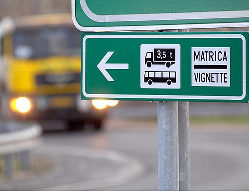 E-útdíj – NFM: a jogszabályoknak megfelelően fog eljárni az állam