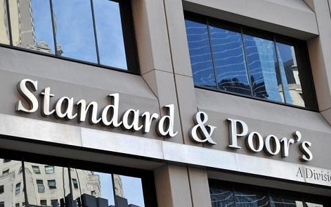 Ukrán válság – Stabilra javította az ukrán adósosztályzat kilátását az S&P