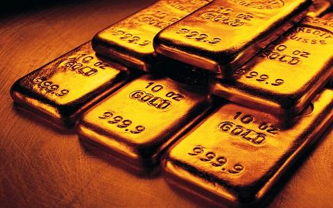 Arany: Több mint 1% esés, 1650 dollár alatt az arany.
