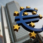 Az EKB kamatot csökkentett és újraindítja a nettó eszközvásárlási programot