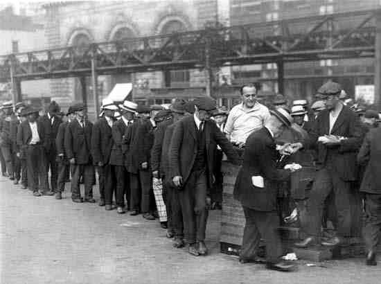 Csökkent a munkanélküli segélyt kérők száma