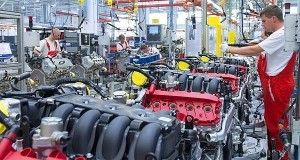 Meglepetés: nagy a zakó az ipari termelésben